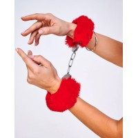 Шикарные наручники с пушистым красным мехом (Be Mine) (One Size)